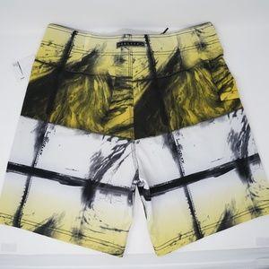 """Oakley Swim - NWT Oakley Mesh Swim Trunks Board Shorts 19"""" 33"""